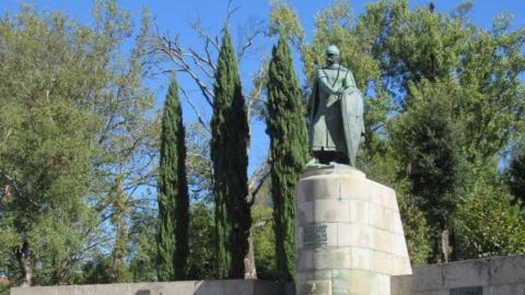 EM 1147, D. AFONSO HENRIQUES CONQUISTAVA LISBOA AOS MOUROS