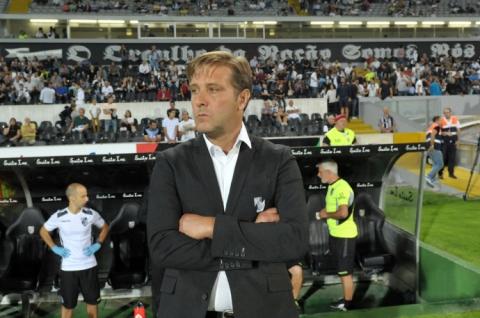 """PEDRO MARTINS DIZ QUE O VITÓRIA PODE DAR """"SALTO QUALITATIVO"""" SE BATER FC PORTO"""