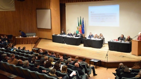 ASSEMBLEIA MUNICIPAL EXTRAORDINÁRIA NA UNIVERSIDADE DO MINHO