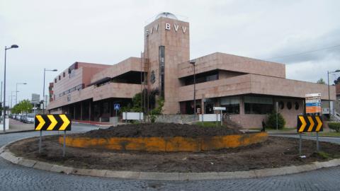 INCÊNDIO NA POLOPIQUÉ COMBATIDO PELOS BOMBEIROS DE VIZELA