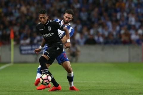 VITÓRIA RECEBE FC PORTO COM PERSPETIVA DE MANTER SÉRIE INVENCÍVEL CASEIRA