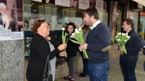 """""""MULHERES DA NOSSA TERRA, ROSTOS QUE CONTAM HISTÓRIAS"""""""