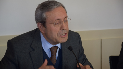MONTEIRO DE CASTRO CRÍTICO RELATIVAMENTE ÀS CONTAS DO MUNICÍPIO
