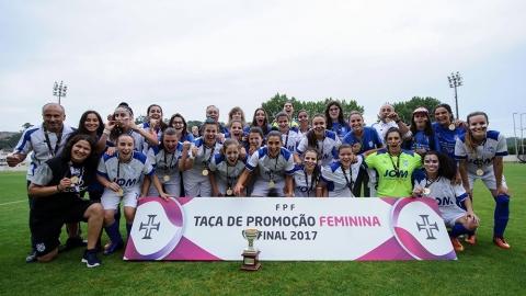 FUTEBOL FEMININO DO SANDINENSES NA CÂMARA DE GUIMARÃES
