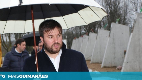IMUNIDADE IMPÕE ADIAMENTO DO JULGAMENTO DE LUÍS SOARES