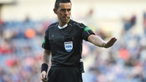 ESCOCÊS ANDREW DALLAS VAI APITAR O FC SALZBURG – VITÓRIA
