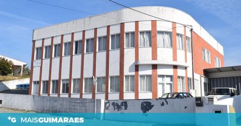 ENCERRAMENTO DE EMPRESA LANÇA 35 NO DESEMPREGO EM GÉMEOS