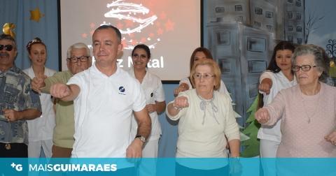 FESTA DE NATAL ANIMOU O LAR DE SANTO ANTÓNIO (FOTOS)