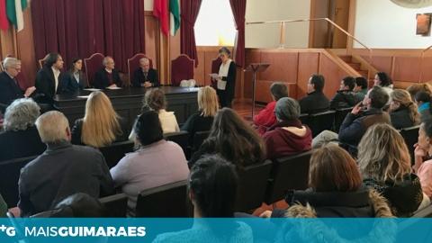 AUTARQUIA ENTREGA CHAVES DE 16 HABITAÇÕES SOCIAIS E REALOJA MAIS 54 PESSOAS