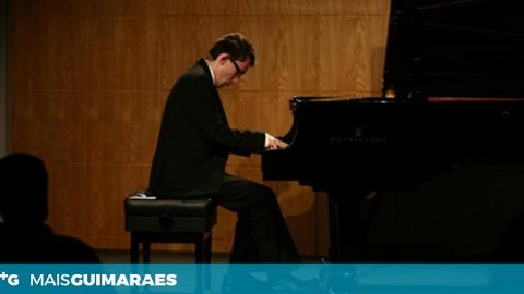"""FESTIVAL """"CONVÍVIOS AO PIANO"""" ABRE COM O PIANISTA JOÃO CASIMIRO ALMEIDA"""