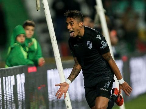 VITÓRIA JOGA HOJE NA CASA DO LÍDER FC PORTO