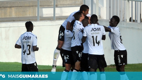 VITÓRIA B SOMA QUARTO TRIUNFO CONSECUTIVO (1-3)