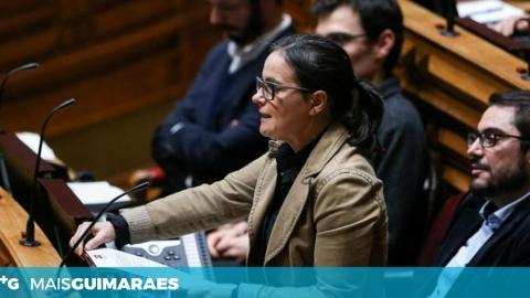 CARLA CRUZ QUESTIONA GOVERNO SOBRE DIFICULDADES NO INTERNAMENTO NO HSO