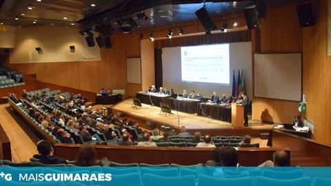 RELATÓRIO E CONTAS DE 2017 DO MUNICÍPIO APROVADO EM ASSEMBLEIA MUNICIPAL