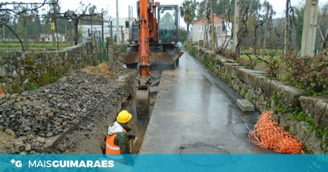 REDE DE SANEAMENTO ALARGADA EM BRITEIROS STO. ESTÊVÃO E BRITEIROS S. SALVADOR