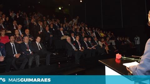 SESSÃO SOLENE DA ASSEMBLEIA MUNICIPAL COMEMOROU A REVOLUÇÃO DO CRAVO
