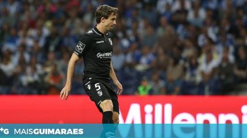 RAFAEL MIRANDA DESPEDE-SE DO VITÓRIA COM MENSAGEM