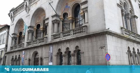 """ADELAIDE MORAES FALA DE """"GUIMARÃES EM 1853"""""""