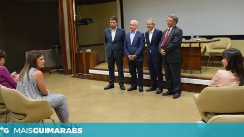 DEPUTADOS VISITAM HOSPITAL DE GUIMARÃES