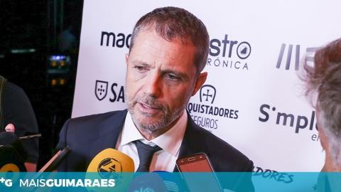 """JÚLIO MENDES: """"TEMOS UM PLANTEL COM MUITA QUALIDADE"""""""