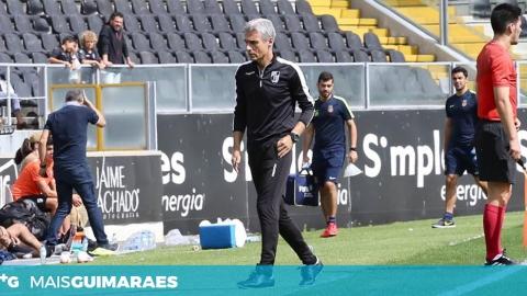 """LUÍS CASTRO: """"TREINADOR FICA FELIZ QUANDO AS COISAS ACONTECEM COM REGULARIDADE"""""""