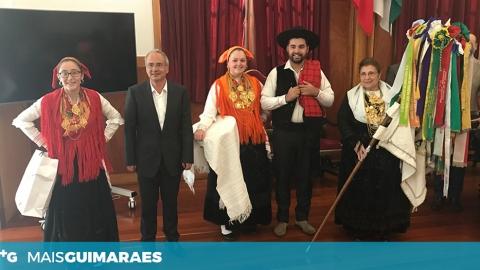 DOMINGOS BRAGANÇA RECEBEU OS GRUPOS CONVIDADOS PARA O FEST'IN FOLK CORREDOURA