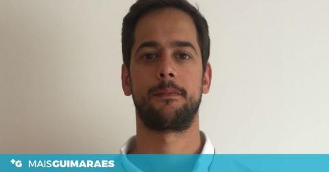CARLOS FIDALGO MANTÉM-SE NO PLANTEL DO VITÓRIA
