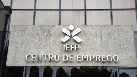 DESEMPREGO EM GUIMARÃES CAI 5,3% EM MAIO