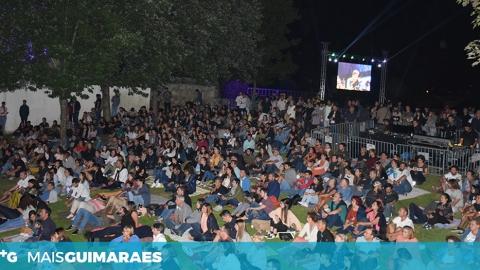 AS PALAVRAS CHAVE PARA ABRIR AS PORTAS DO CCVF SÃO MÚSICA, DANÇA E TEATRO