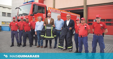 DIPE IMOBILIÁRIA OFERECE FATO NOMEX AOS BOMBEIROS VOLUNTÁRIOS DE GUIMARÃES