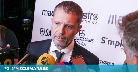 """JÚLIO MENDES: """"O VITÓRIA HOJE DEVIA TER MAIS CINCO PONTOS"""""""