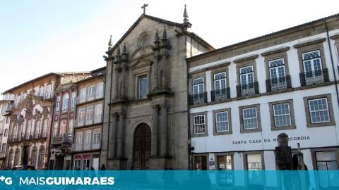 NOEMIA CARNEIRO É CANDIDATA À PRESIDÊNCIA DA SANTA CASA DA MISERICÓRDIA