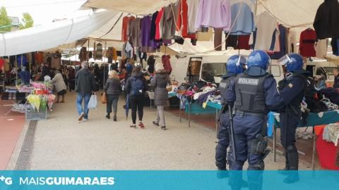 12 DETIDOS E MILHARES DE ARTIGOS APREENDIDOS NA AÇÃO DA PSP NA FEIRA DE GUIMARÃES