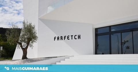 FARFETCH COMPRA PLATAFORMA ONLINE DE VENDA DE CALÇADO DESPORTIVO POR 220 MILHÕES DE EUROS