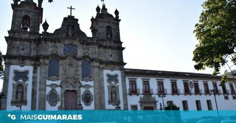 ROTARY CLUB DE GUIMARÃES HOMENAGEIA ALFREDO JORGE TEIXEIRA
