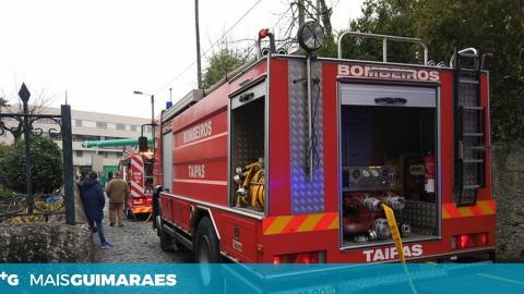 BOMBEIROS DAS TAIPAS COMBATERAM INCÊNDIO NUMA HABITAÇÃO