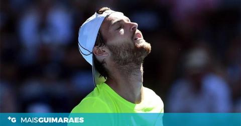 JOÃO SOUSA DESPEDIU-SE DOS SINGULARES AUSTRALIAN OPEN MAS REGRESSA AO TOP 40 ATP