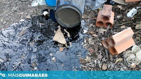 DERRAME DE ÓLEO NO MONTE EM BRITO ALERTA MORADORES
