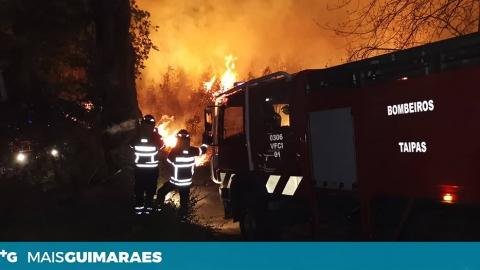 BOMBEIROS DAS TAIPAS PRESTAM AUXÍLIO NO COMBATE ÀS CHAMAS EM VILA VERDE