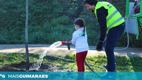 UF CONDE E GANDARELA INAUGURA PARQUE DE LAZER E APRESENTA BRIGADA VERDE