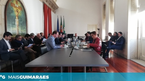ASSÉDIO POLÍTICO VOLTOU A SER DISCUTIDO PELO EXECUTIVO CAMARÁRIO