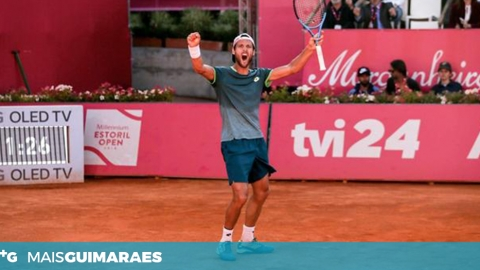 JOÃO SOUSA NOS OITAVOS DO ESTORIL OPEN