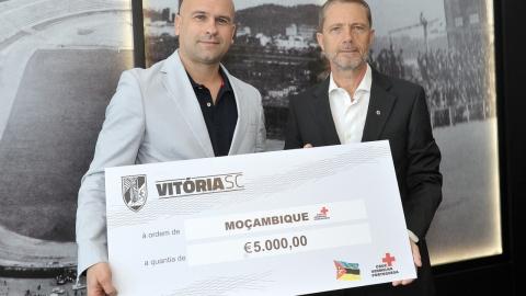 """CAMPANHA DO VITÓRIA """"TODOS POR MOÇAMBIQUE"""" ANGARIOU 5 MIL EUROS"""