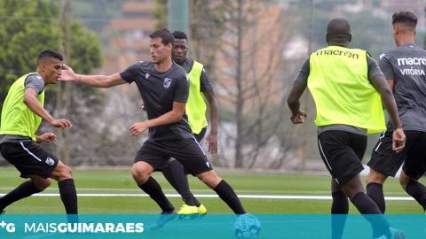 VITÓRIA DERROTA AVES POR 1-0
