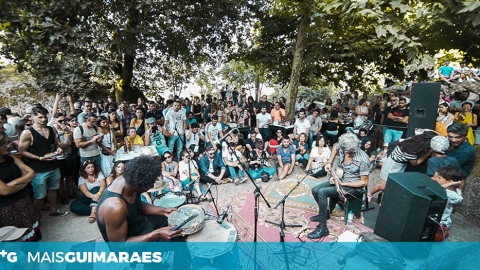 VAI-M'À BANDA: A MÚSICA VOLTA ÀS TASCAS EMBLEMÁTICAS DE GUIMARÃES