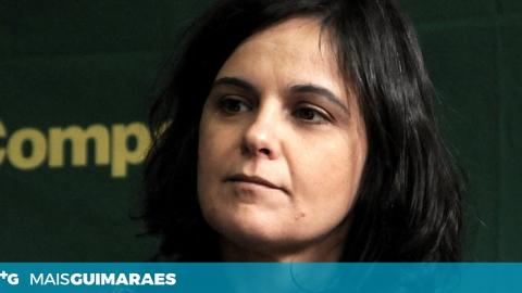 CARLA CRUZ ESTEVE ESTA MANHÃ NA FEIRA DE PEVIDÉM