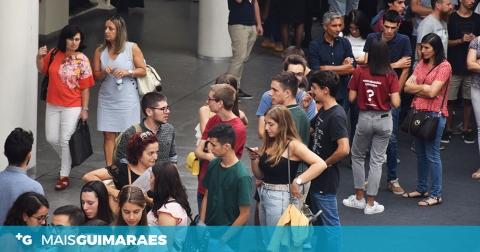 OS NOVOS UNIVERSITÁRIOS JÁ CHEGARAM A GUIMARÃES