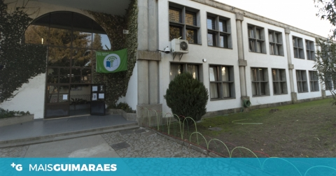 OPOSIÇÃO QUESTIONA ATRASO NA OBRA DE REQUALIFICAÇÃO DA E.B 2,3 DE SÃO TORCATO
