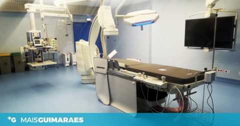 PSD CRITICA ATRASO NA ABERTURA DA SALA DE HEMODINÂMICA