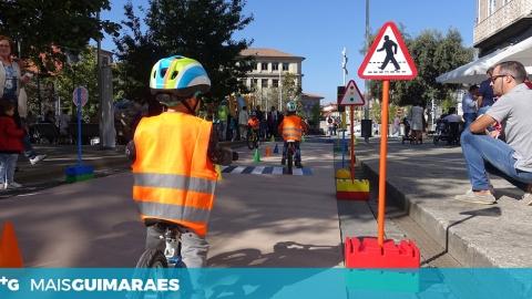 GUIMARÃES PEDALA ATRAVÉS NO EDUMOVE-TE